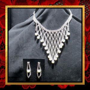 Jewelry - New Rhinestone Net Pearl Necklace & Earrings #719